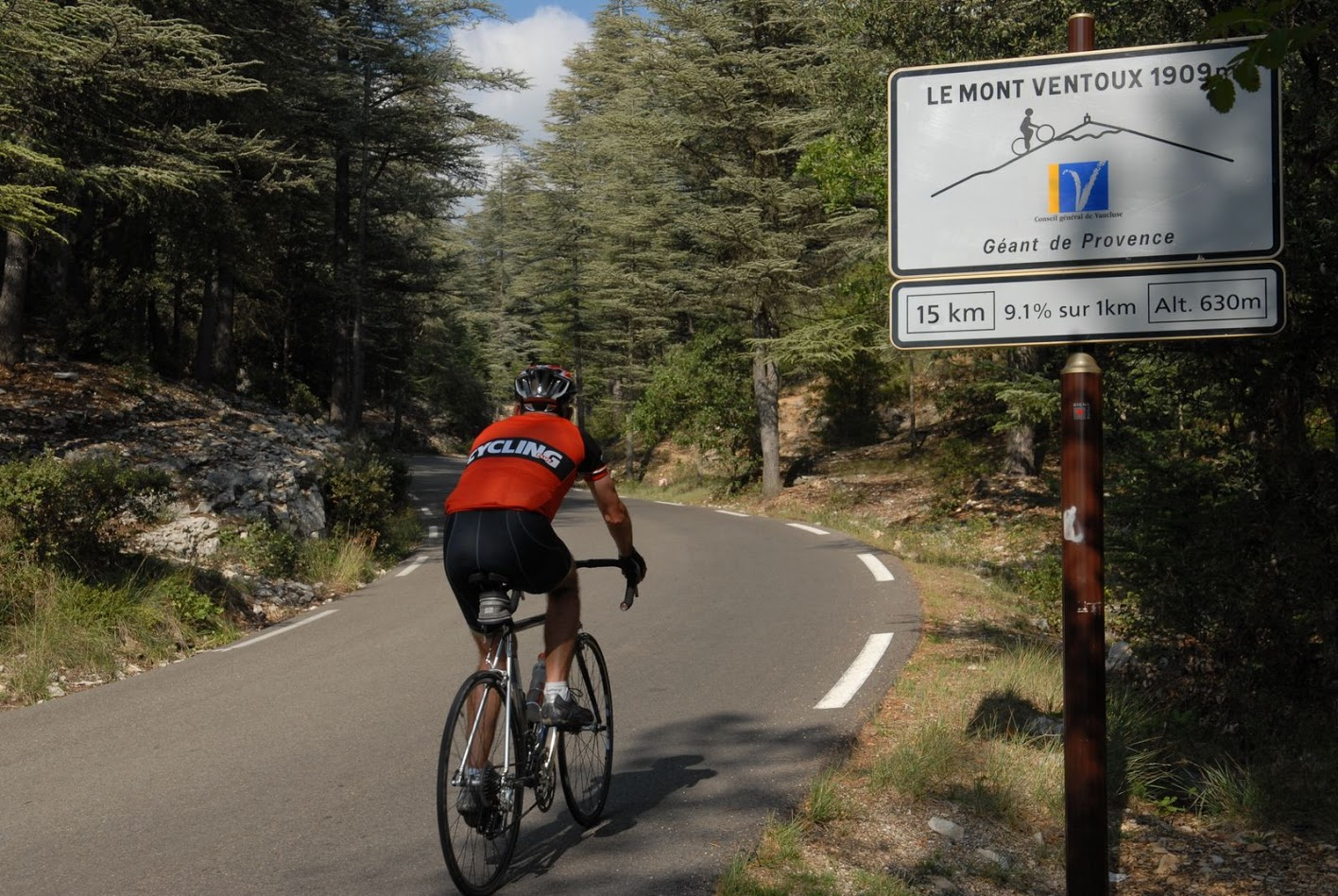 Cyclist at 630 meters in altitude