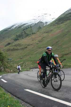 Green Pyrenees and Tour de France mythic climbs