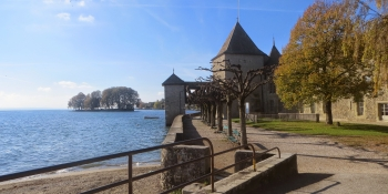 A short cycling escape from Geneva by the lake shore