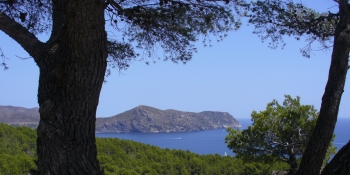 The itinerary will let you see the mediterranean sea on Spain's famous Costa Brava