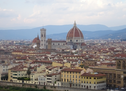 This cycling tour starts from Florence