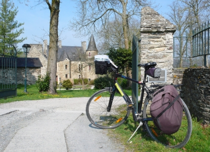 Take a cycling break in the countryside of Brittany