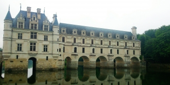 The Château  de Chenonceau spanning the river Cher is a highlight of this cycle tour