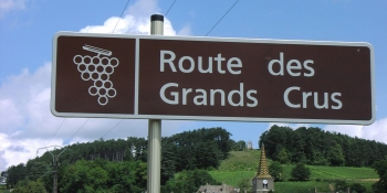 Our Burgundy cycling tours will take you on the wine route
