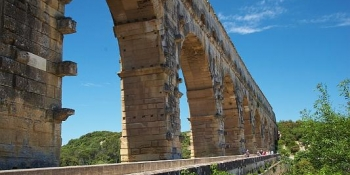 This cycling trip will take you through Pont-du-Gard, a UNESCO world heritage site