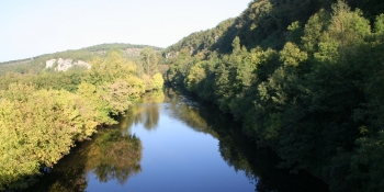 Nature in Dordogne, a peaceful cycling playground along rivers