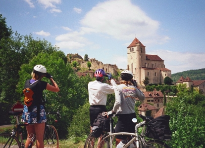 Our Dordogne cycling trips will take you to very scenic villages