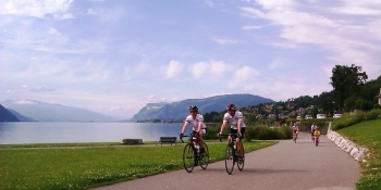 Riding by the lake Bourget in Aix-les-Bains
