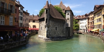 Reward of your last day of riding: the old town in Annecy