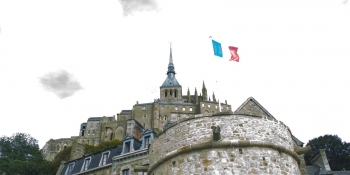 Mont-Saint-Michel will be within sight from beginning to end