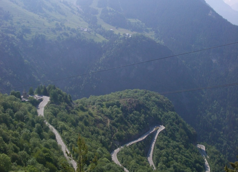 The famous climb to Alpe d'Huez is part of a number of our guided and self-guided trips