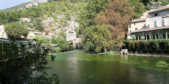Peaceful village of Fontaine de Vaucluse