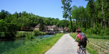 Cyclomundo offers a self-guided trip along the Via Rhona from Geneva to Lyon