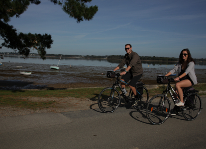 On this tour you'll be riding on flat quiet paths on the shores of the Morbihan Gulf in Brittany