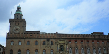 Cycle and overnight in Bologna